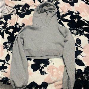 Crop-Top Sweatshirt